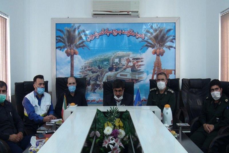 گروههای جهادی در قصرشیرین خدمات پزشکی ارایه میدهند