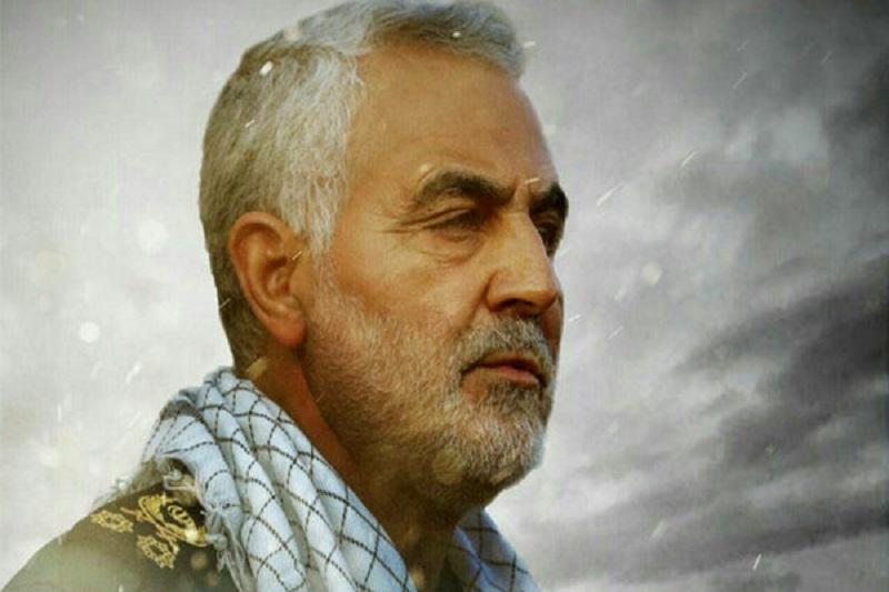 شهید سلیمانی چهره برجسته دفاع مقدس بود