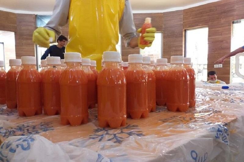 روزانه یک هزار بطری آب میوه طبیعی در بین بیماران کرونایی