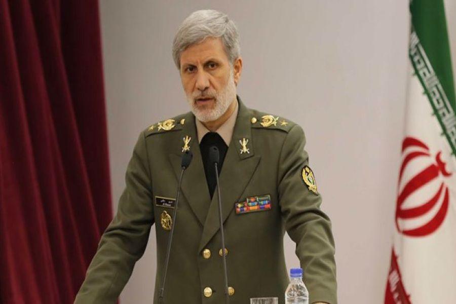 ایران هیچ زمانی در خصوص موشکهای خود با آمریکا گفتوگو نخواهد کرد