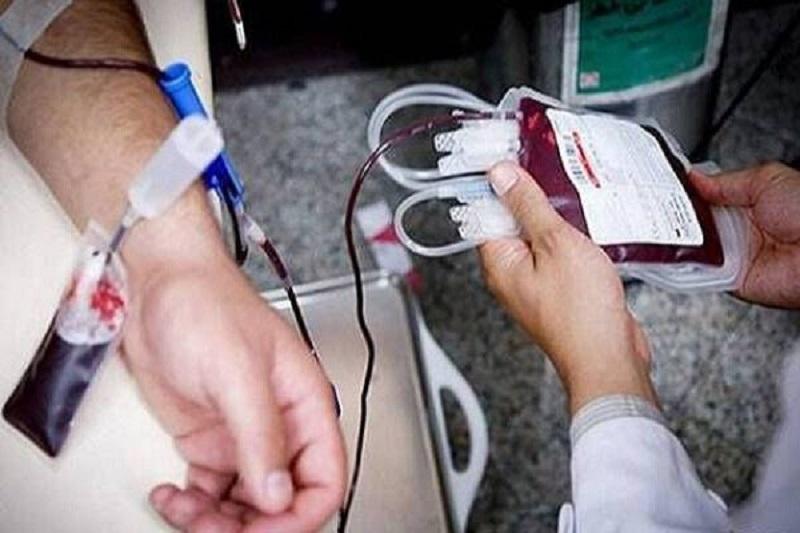 اهدای خون ۲۳۶۳ نفر از مردم استان مرکزی در ماه صفر