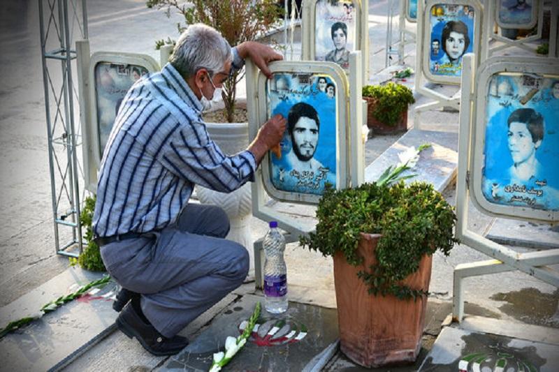 دستور رییس بنیاد شهید برای رسیدگی به گلزار شهدای لرستان