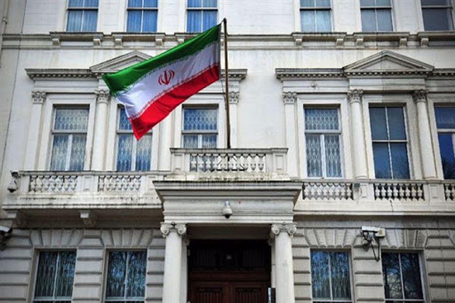 خواب مسئولان سفارت ایران در فرانسه/ چرا پیام رهبری در سایت سفارت دیر منتشر شد؟