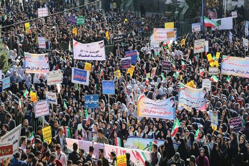 درخواست بازنگری در برگزاری مراسم ۱۳ آبان به دلیل کرونا