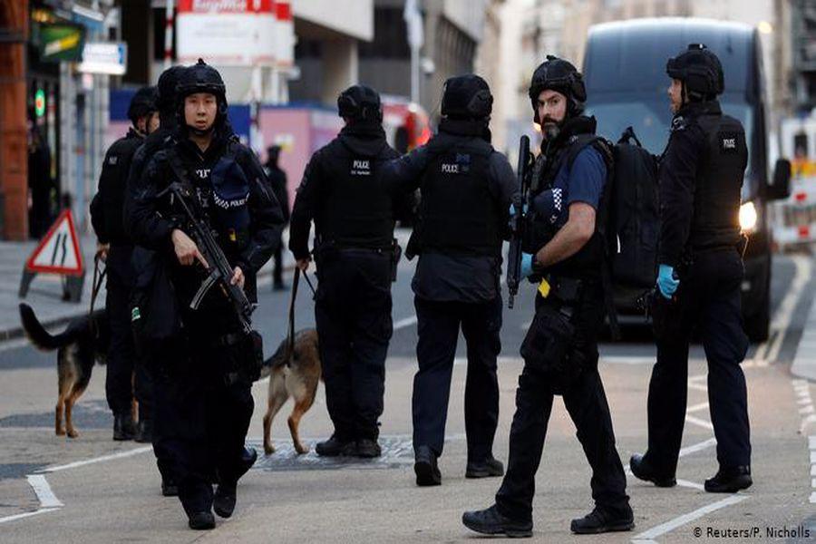 آمادهباش در انگلیس/ احتمال وقوع یک حمله تروریستی زیاد است