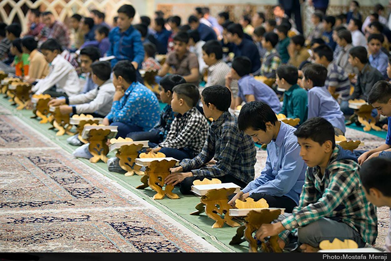 شرکت دانشآموزان غیرمسلمان در مسابقات «درسهایی از قرآن»