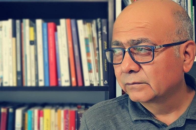 نقش امام خمینی(ره) و مقام معظم رهبری در حرکت نویسندگان دهه ۶۰ به سوی تعهد