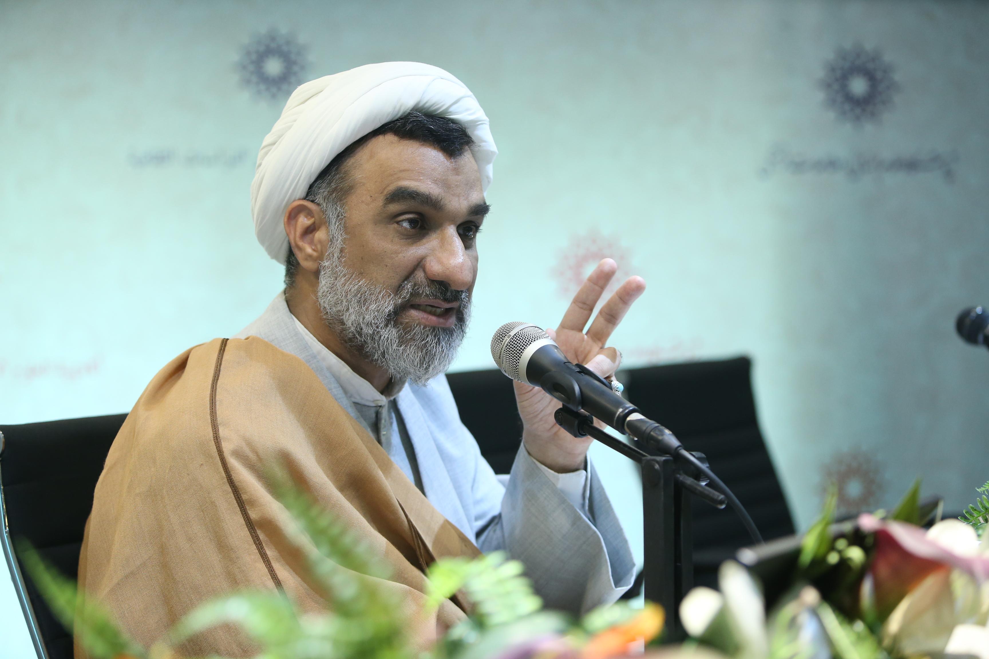 اندیشه مقام معظم رهبری استمرار اندیشه حضرت امام خمینی (ره) است