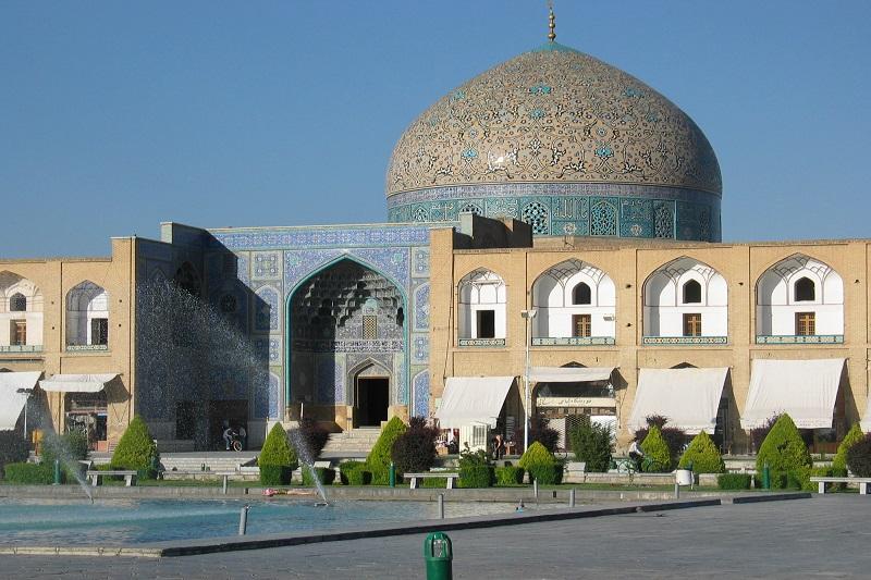 نویسندگان در حوزه مسجد ورود پیدا کنند