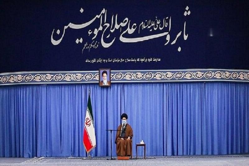 بازخوانی حدیث کتیبه نصب شده در حسینیه امام خمینی(ره)