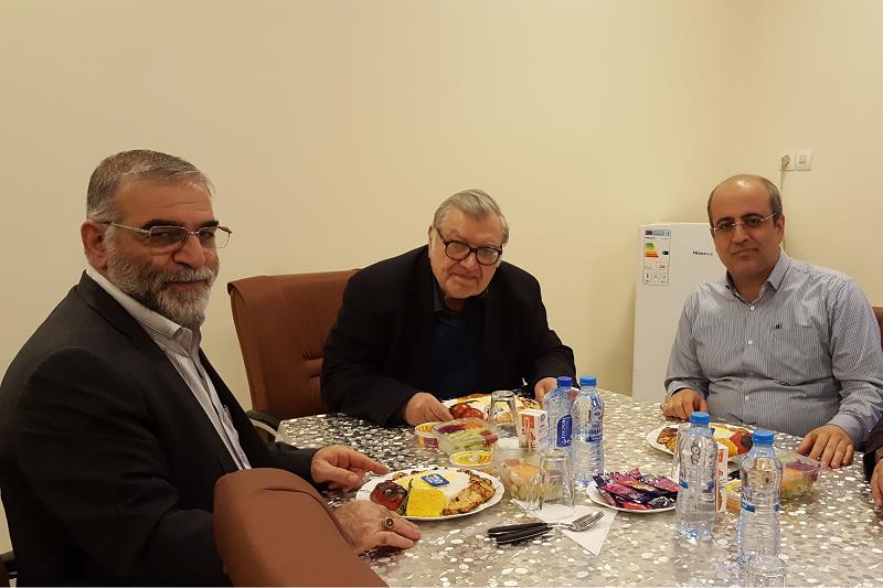 محسن ما رفت با آزادگان/فخر علم و حکمت و تدبیر بود