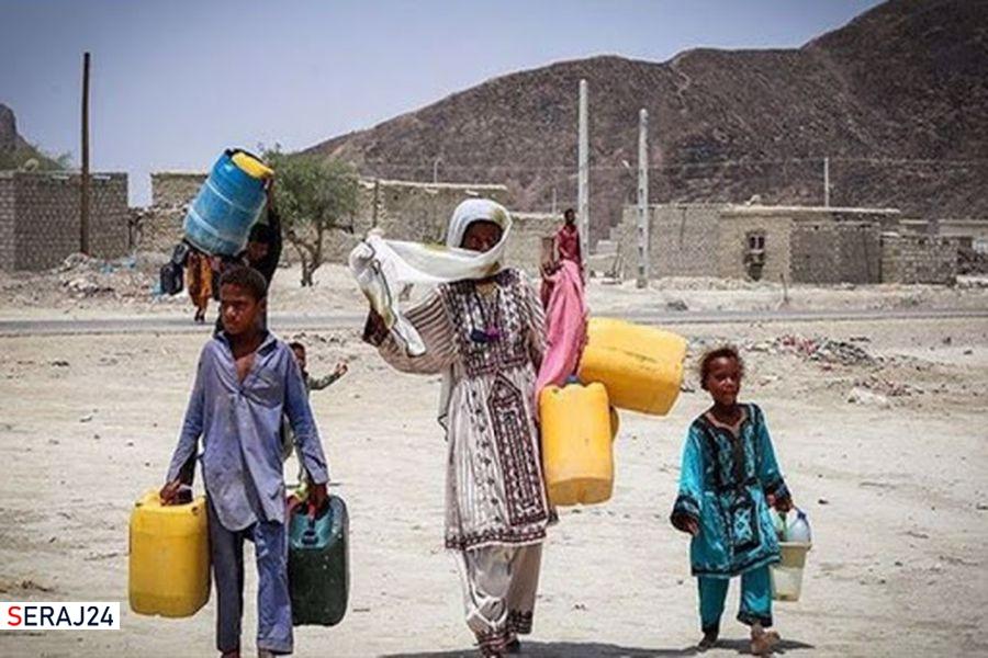 ویدئو/دعوت از وزیر نیرو به خوردن آب شرب مردم سیستان