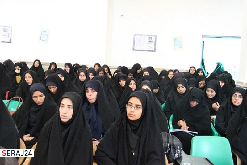 لزوم انسجام خواهران طلبه در تقویت فعالیتهای فرهنگی
