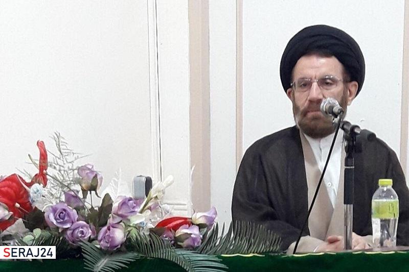 استمرار انقلاب اسلامی بر پایه وحدت اقشار مختلف مردم میسر است