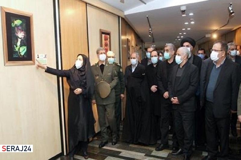 افتتاح نمایشگاه «مردان خدا» در مجلس با حضور وزیر دفاع