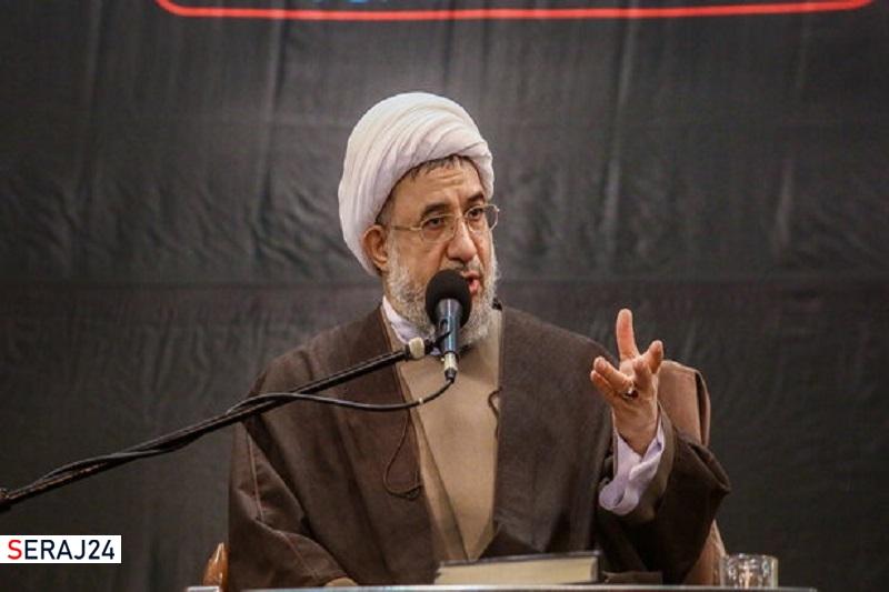 آیت الله مصباح یزدی قهرمان مبارزه با شبیخون فکری و فرهنگی