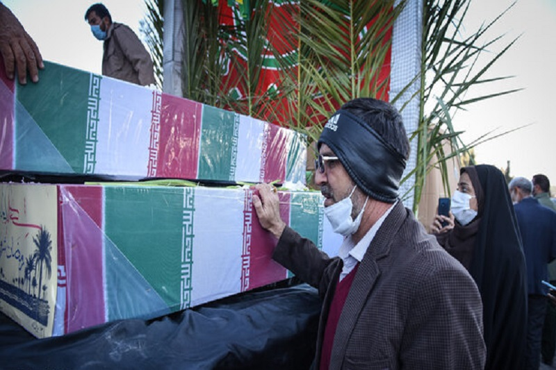 پیکر دو شهید گمنام در دانشگاه آزاد هشتگرد تشییع میشود