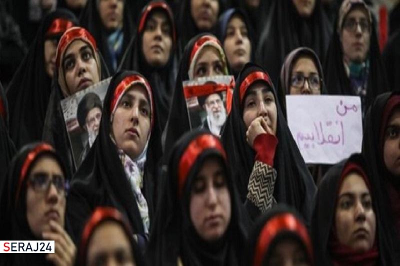 بانوان ایرانی در تربیت فرزندان به ارزشهای دینی و علمی توجه کنند