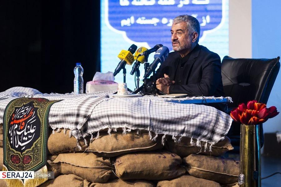 بنیصدر حین جنگ میخواست مذاکره کند، امام فرمودند: حرفش را هم نزن