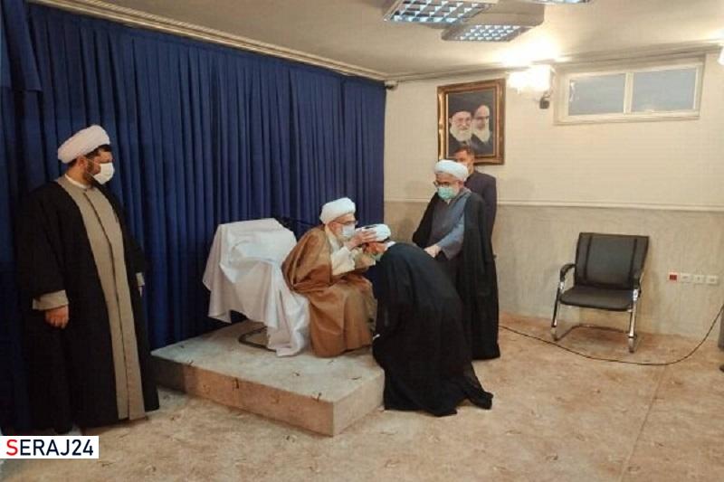 امام خمینی(ره) با پشتوانه فقهی خود انقلاب اسلامی را به ثمر رساند
