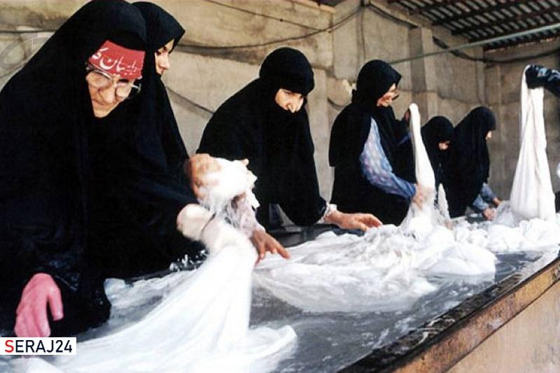 زنان آغازگر انقلاب و اصلیترین حامی رزمندگان در دفاع مقدس بودند