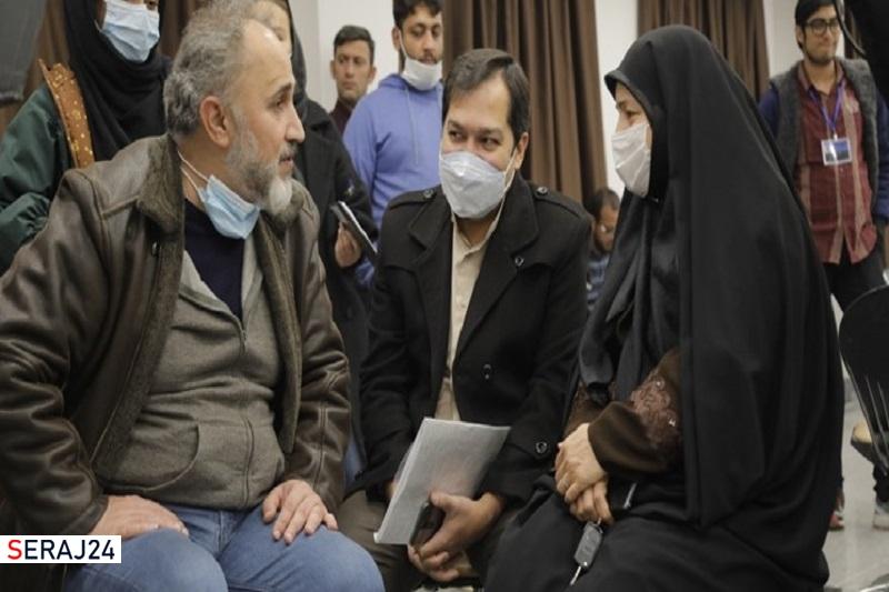 بازدید همسر شهید شهریاری از پشت صحنه «صبح آخرین روز»
