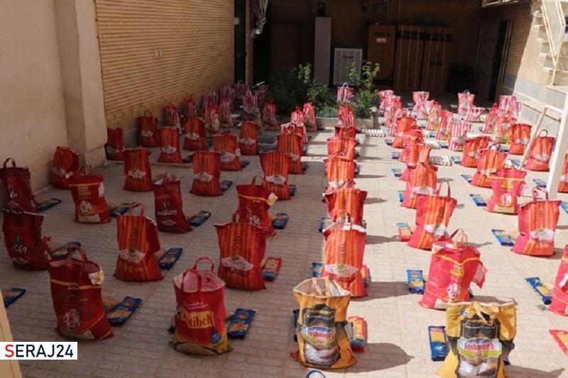 توزیع ۳۰۰ بسته معیشتی ویژه نوروز ۱۴۰۰ در شهرضا