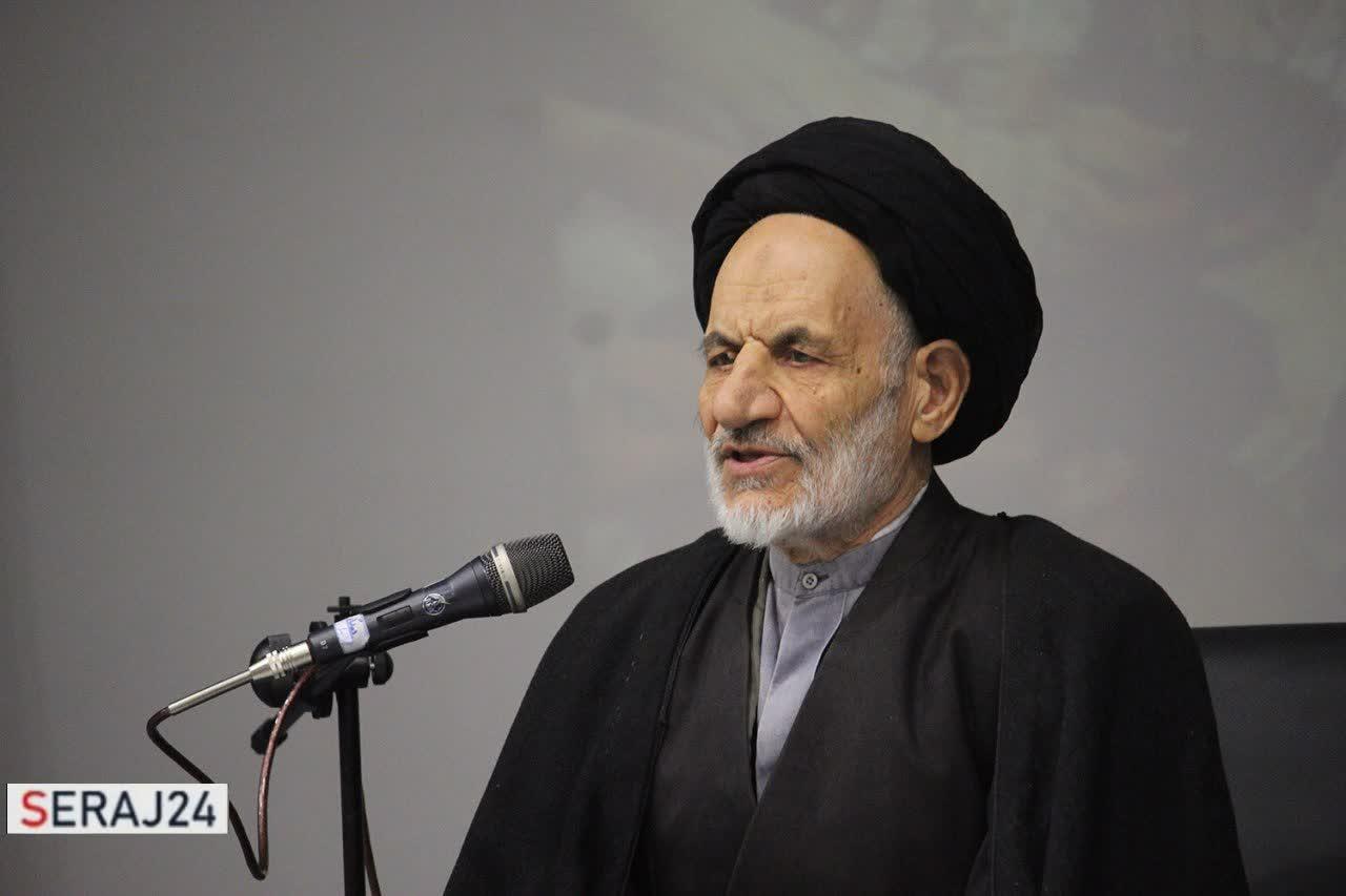 جبهه هنر انقلاب اسلامی نقطه مقابل جریان هنر مبتذل صهیونیست است