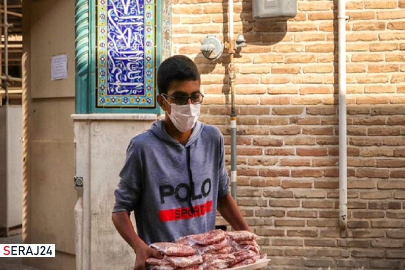 ۱۲۰۰ بسته گوشت گرم بین نیازمندان لرستان توزیع شد