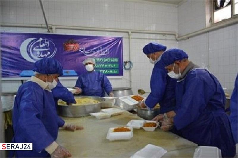 توزیع ۱۵۰۰ سبدکالا در قالب طرح «اطعام مهدوی» در کاشان