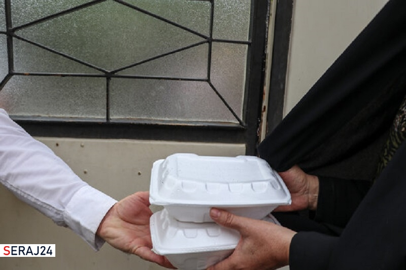۱۳۰۰ پرس غذای گرم بین نیازمندان ایلامی توزیع شد