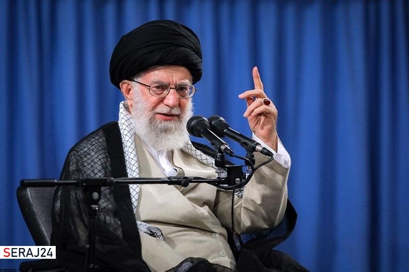 رهبرمعظم انقلاب: کسانی که نرفتن به پای صندوق را ترویج میکنند دلسوز مردم نیستند+عکس