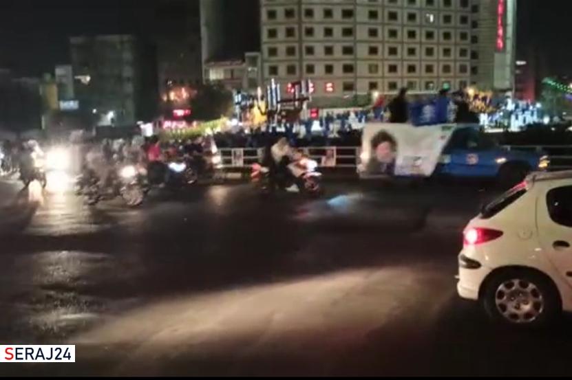ویدئو/ هم اکنون - حضور حامیان سید ابراهیم رئیسی در میدان ولیعصر تهران