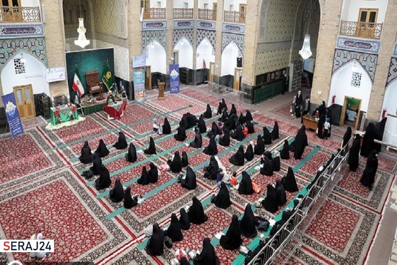 راهاندازی پایگاههای قرآنی در حرم امام رضا (ع)