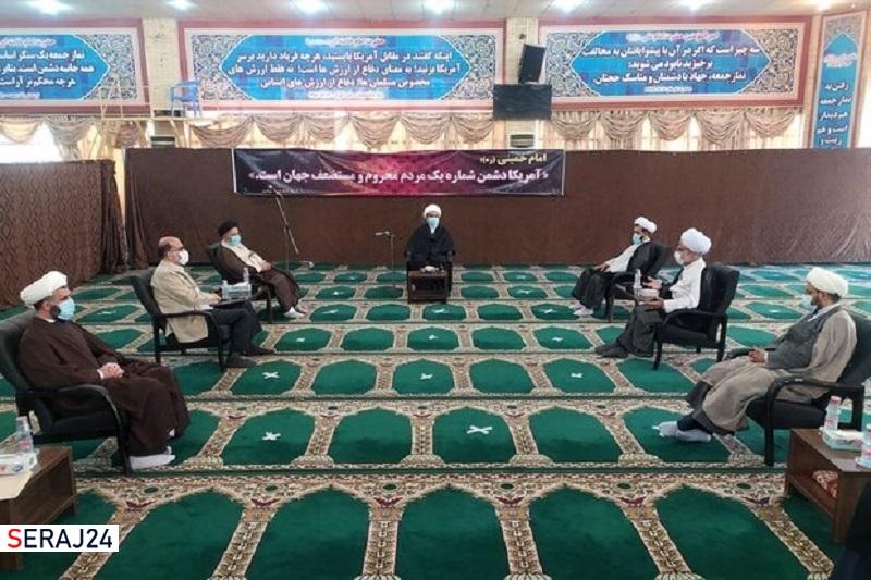 حوزههای علمیه استان بوشهر در جهان تشیع پیشرو خواهند بود