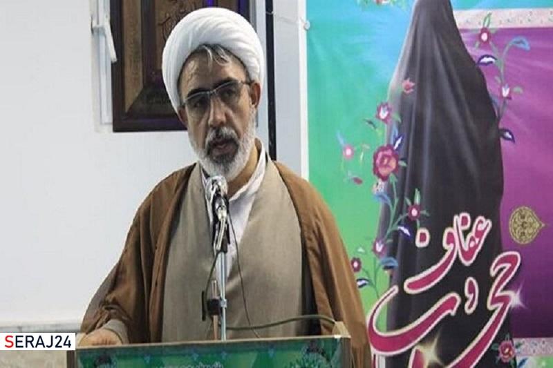 شاخص های عفاف و حجاب در ادارات کردستان رعایت شود