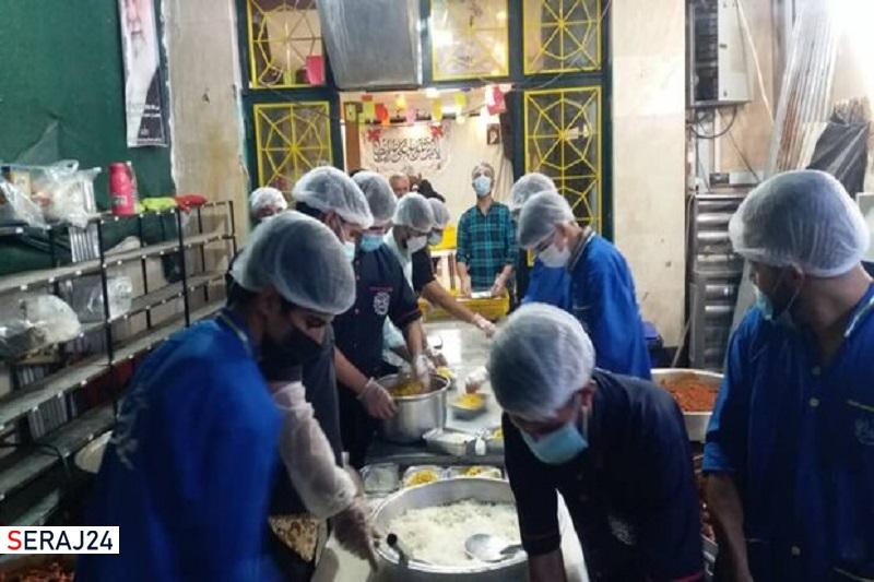 طبخ و توزیع ۵ هزار پرس غذای گرم به مناسبت عید غدیر در شیراز