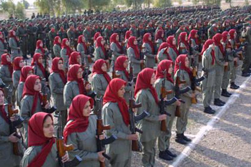 زنان عضو سازمان مسعود از امکانات اولیه محروم هستند/ربات های قاتل