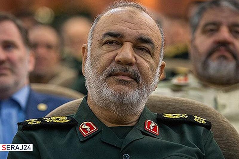 سرلشکر سلامی: فرمایشات امام خامنهای روحیه تازهای در کالبد نیروهای مسلح دمید