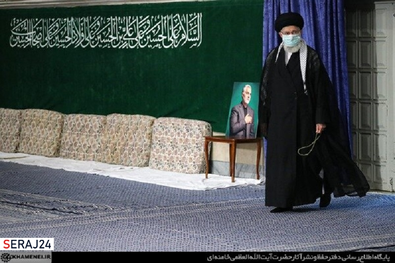 اولین شب مراسم عزاداری امام حسین(ع) با حضور رهبر انقلاب برگزار شد