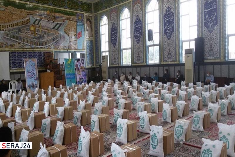 توزیع بیش از ۲ هزار بسته معیشتی بین نیازمندان چادگانی