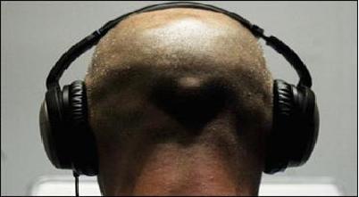 چکاپ بدن همراه با گوش دادن به موسیقی/ اندازه گیری سلامتی با هدفون