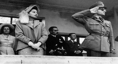 ثروت افسانه ای ملکه افسرده ایران/ این اموال کیست؛ ملکه یا مردم ایران؟+ عکس