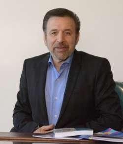 Communications minister tours IRNA