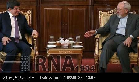Iran FM confers with Turkish counterpart on world events