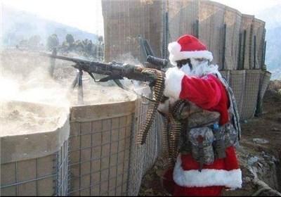 بابانوئل هم با تروریستها میجنگد+عکس