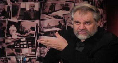 """نادر طالبزاده سری جدید """"راز"""" را اجرا میکند"""