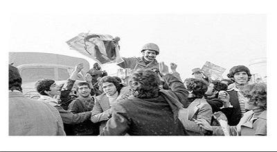 حفظ دستاوردهای انقلاب در سایه اطلاعرسانی به نسل جدید