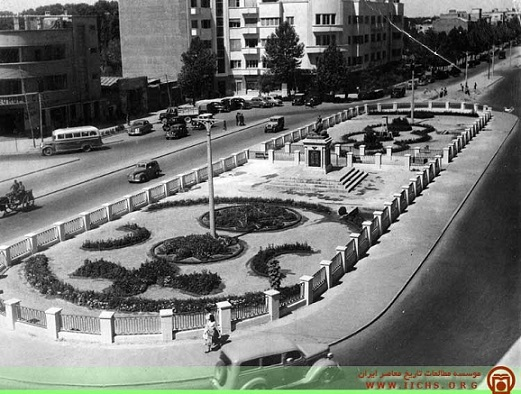 میدان فردوسی؛ ۷۰سال قبل+عکس