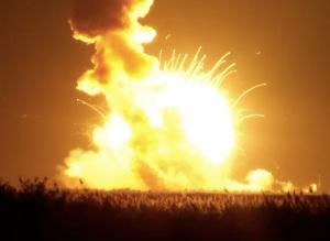 فضاپیمای ناسا منفجر شد+عکس